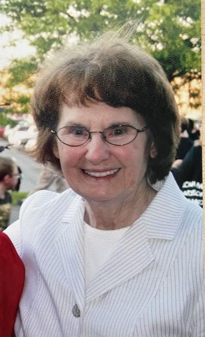 Helen Shirley Toth