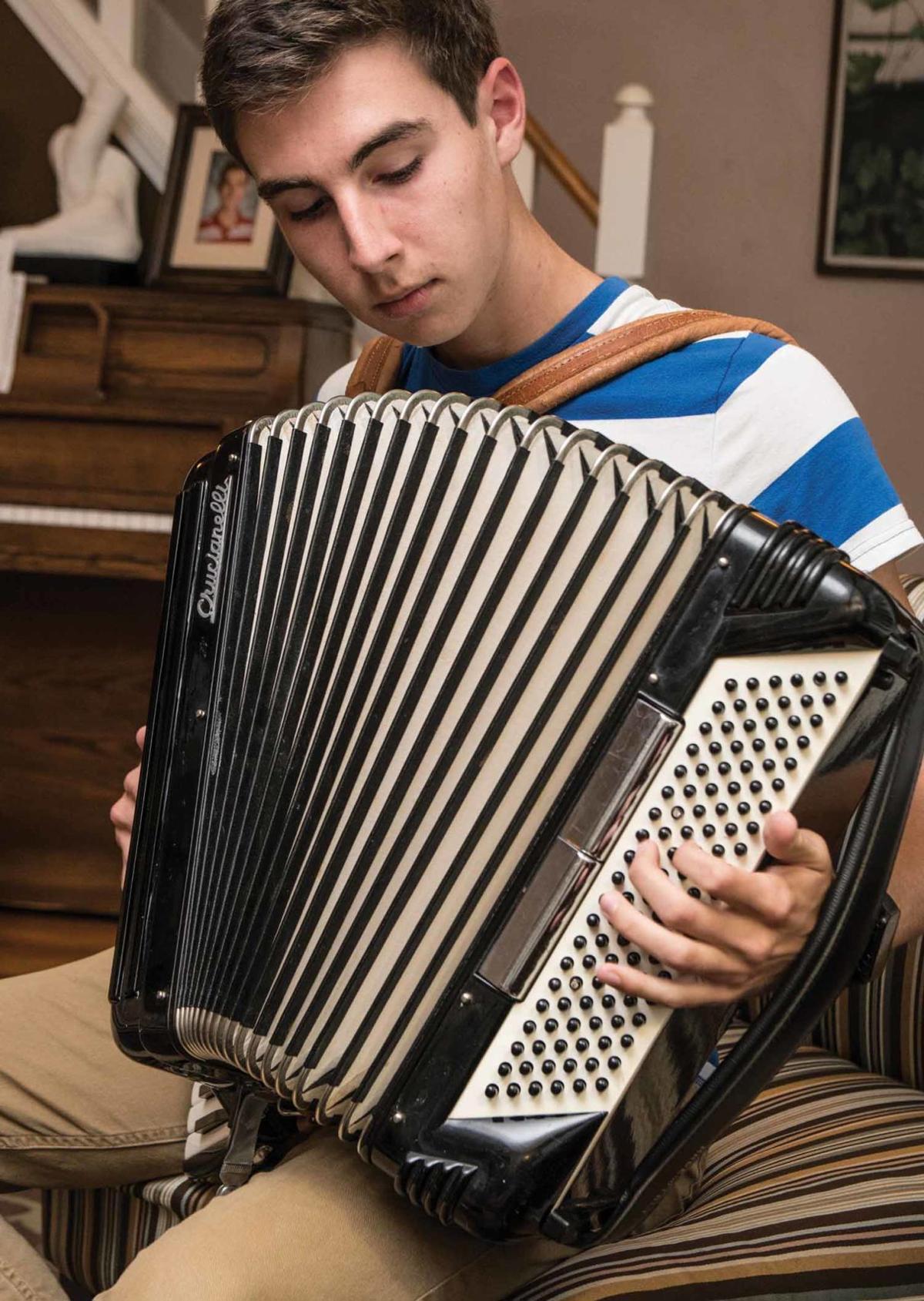 10-6 LS_Interesting instruments_AccordionC_jag-1.jpg