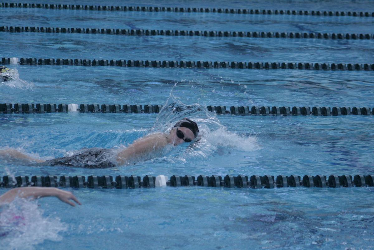16 - Gracie Olsen 200 freestyle.JPG