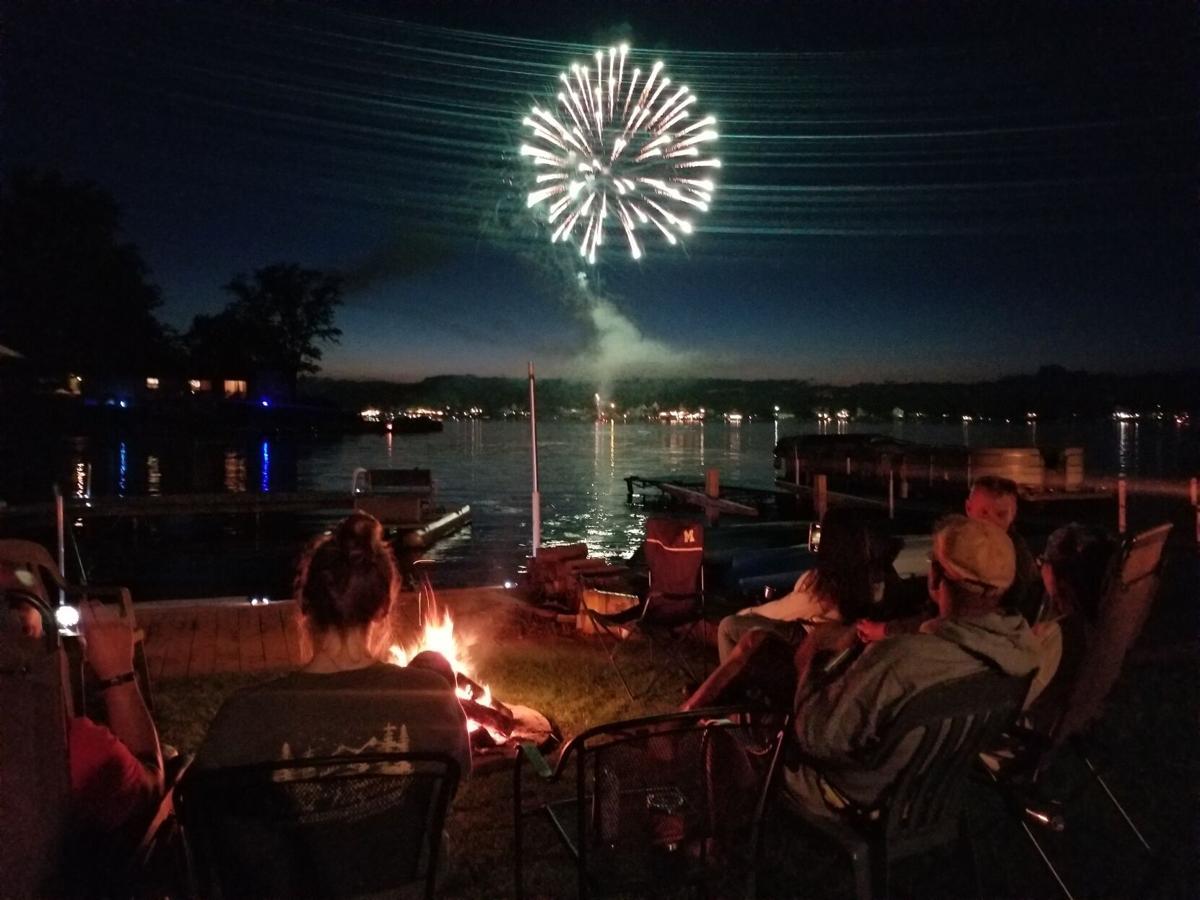 Lobdell Lake Labor Day fireworks 1.jpg