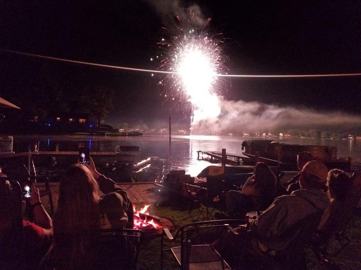 Lobdell Lake Labor Day fireworks 2.jpg