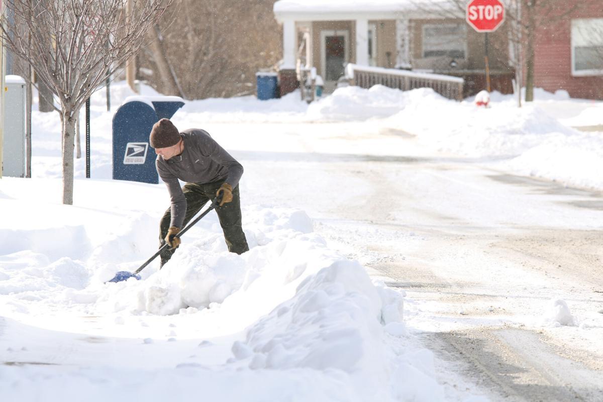 Snow Shoveling Downtown Fenton 2 (1).JPG