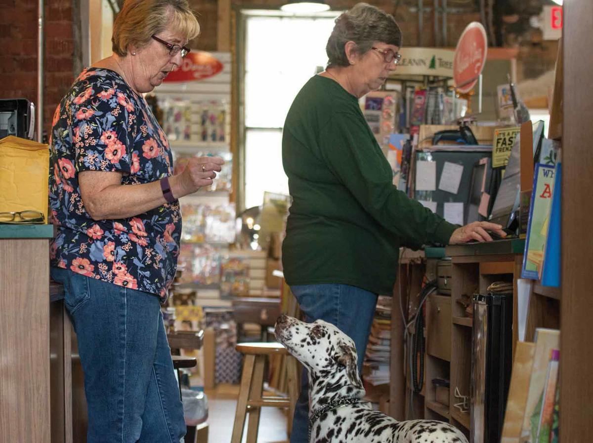 9-13 pets at business_FentonOpen BookC_jag-2.jpg