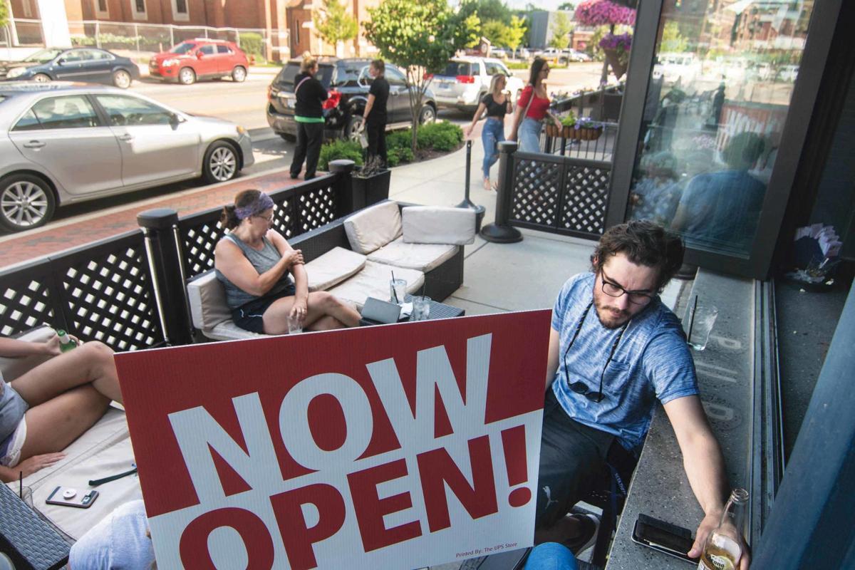 6-14 outdoor diningC_JAG-1.jpg
