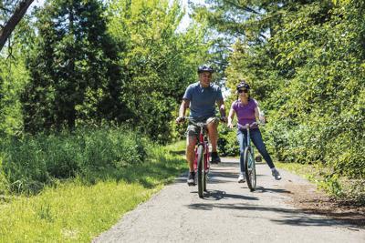 Gen Photo bike path