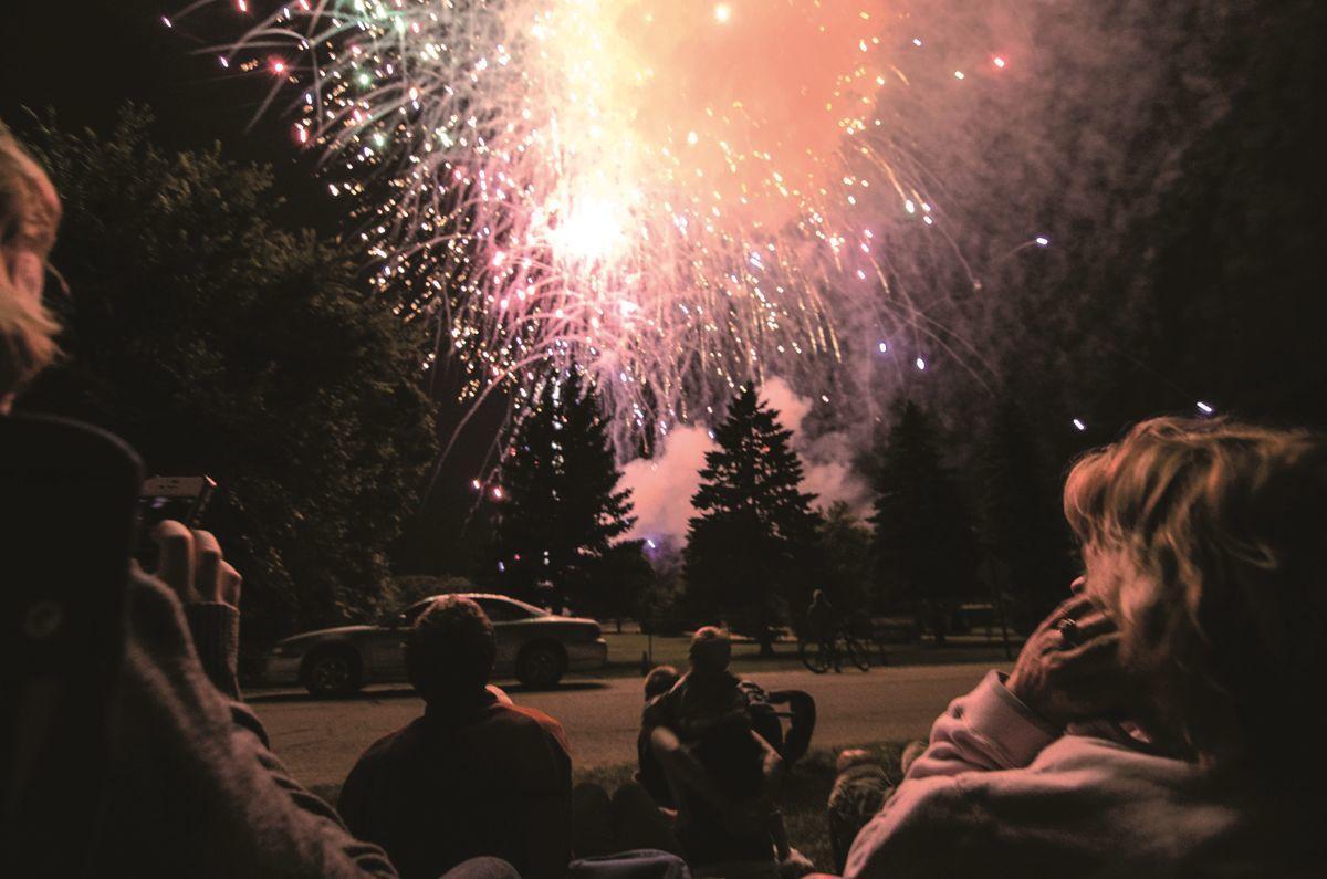 7-9 freedom fest fireworks_JAG-8-1.tif