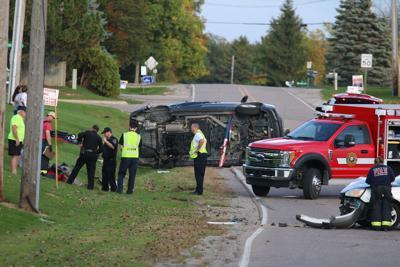 Two-car crash at Wiggins and North Long Lake Road in Fenton