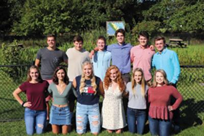 6fafefcdb9 9-16 2018 FHS sr courtC SUBMITTED.JPG