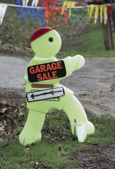 Genphoto Garage sale