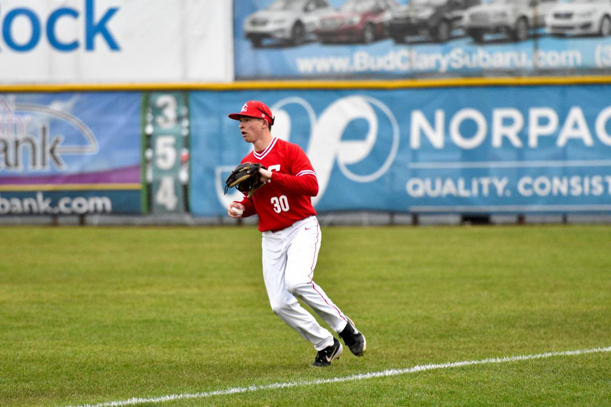 Red Devils Drop Clackamas Twice In Tuesday Double Dip Sports Tdn Com