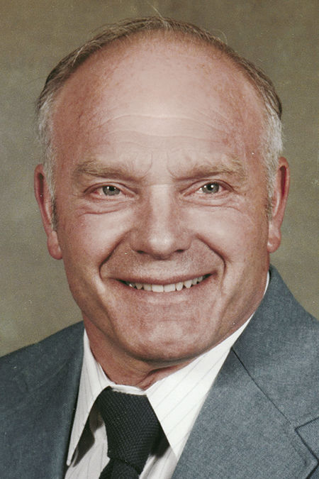 Larry E. Chadderton