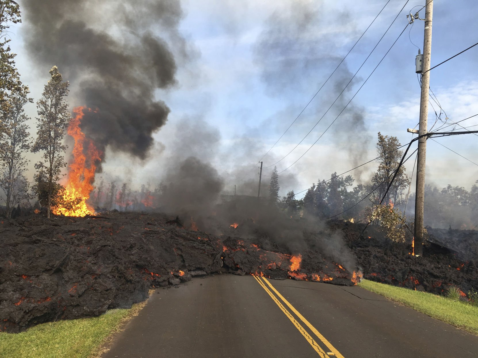 photos hawaii volcano destroys dozens of homes forces evacuations rh tdn com
