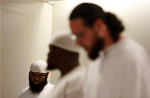 Prisoners find direction in Muslim faith