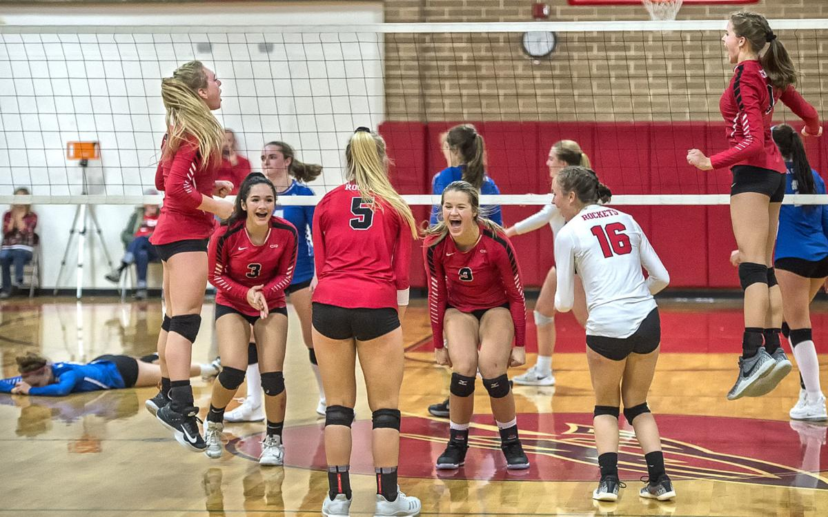 Castle Rock - LaCenter volleyball-01