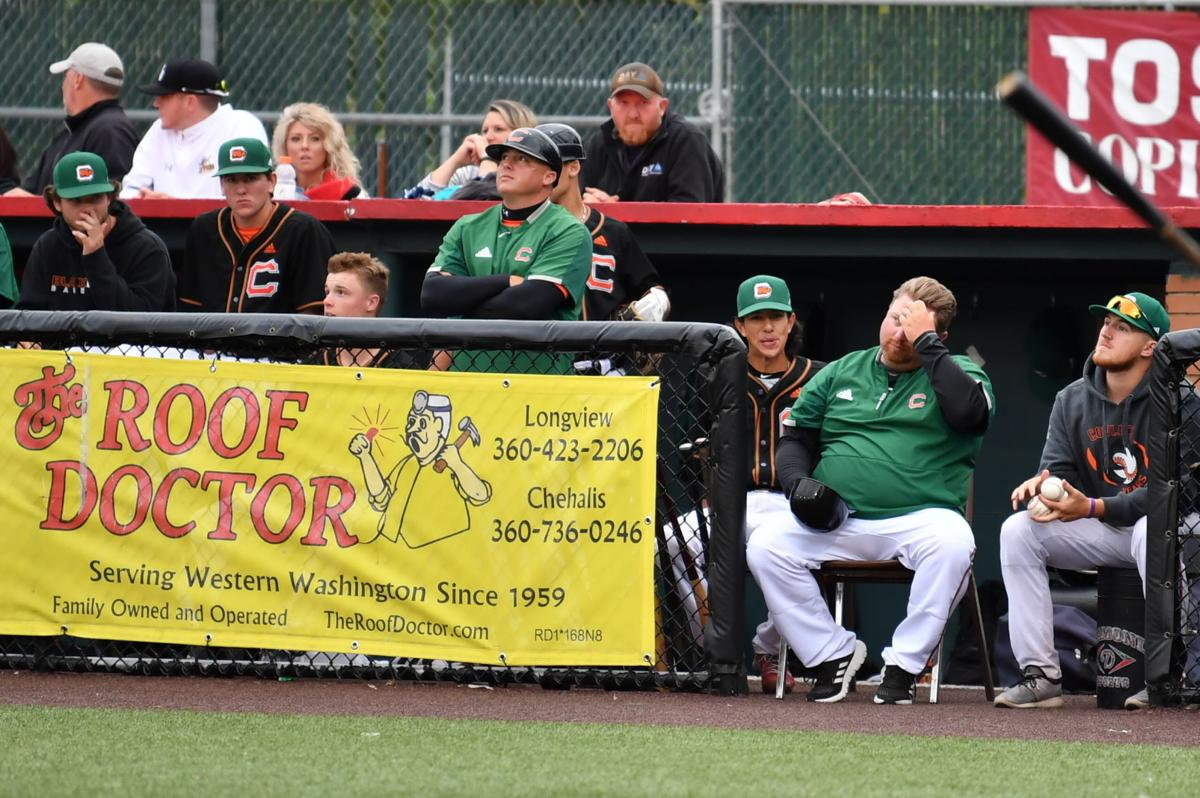 Black Bears finish series against Pippins