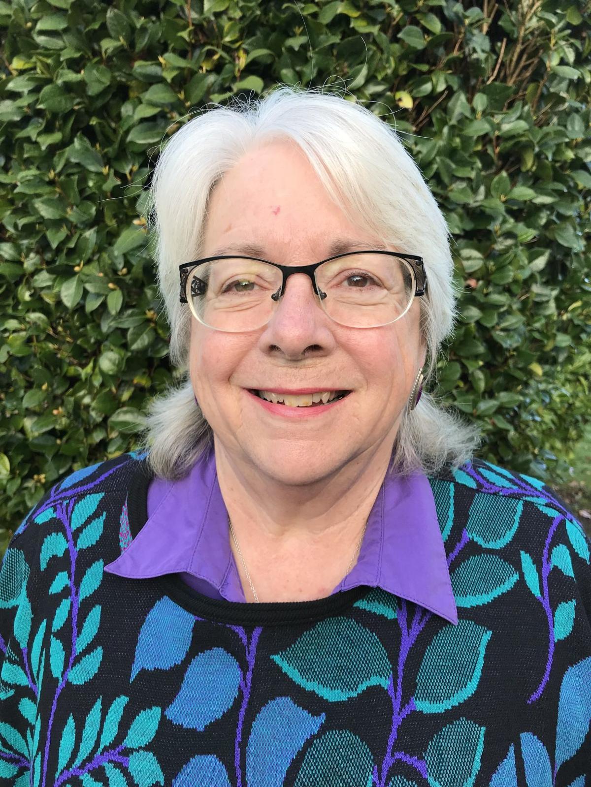 Jennifer Leach
