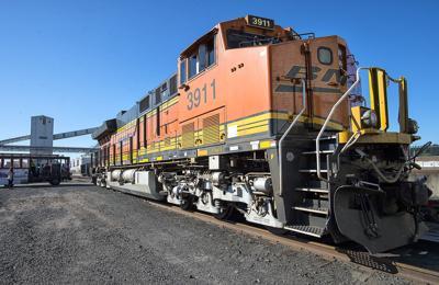 BNSF diesel locomotive