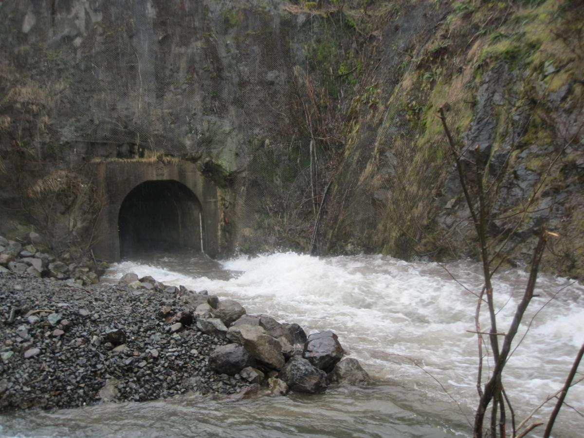 Spirit Lake tunnel