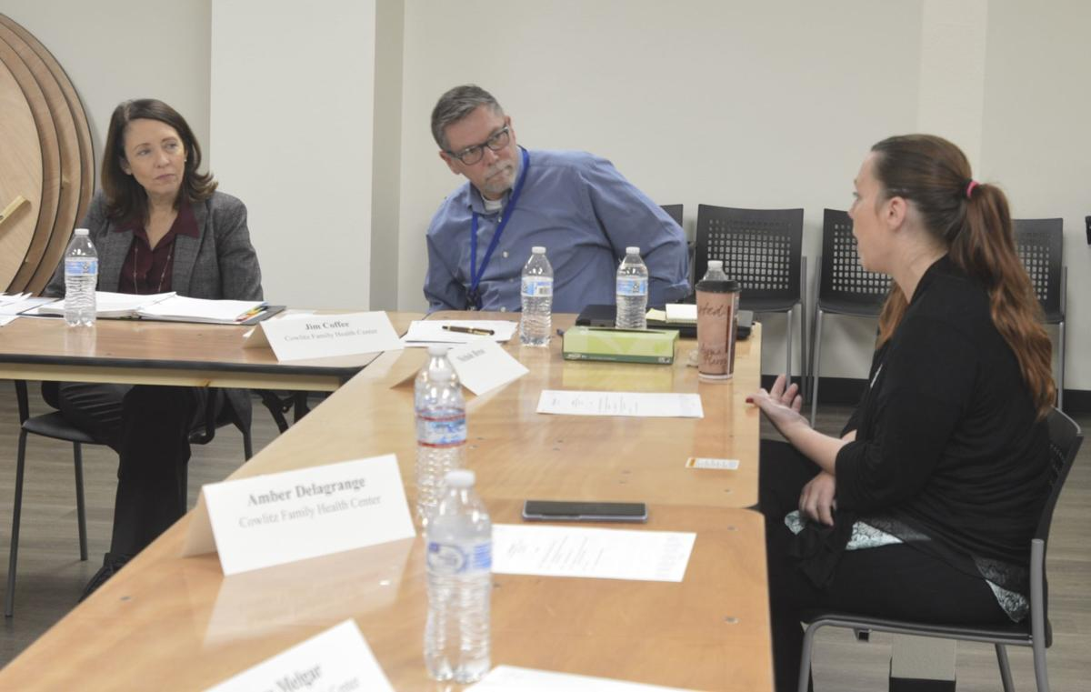 Cantwell opioid roundtable