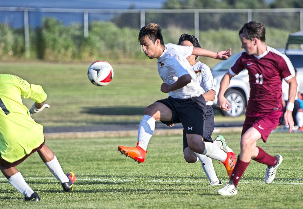 United-Colville soccer1