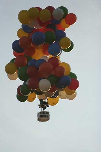Oregon Man Plans Third Ascent In Lawn Chair Balloon
