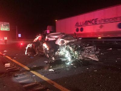Wreck on I-5 injures three