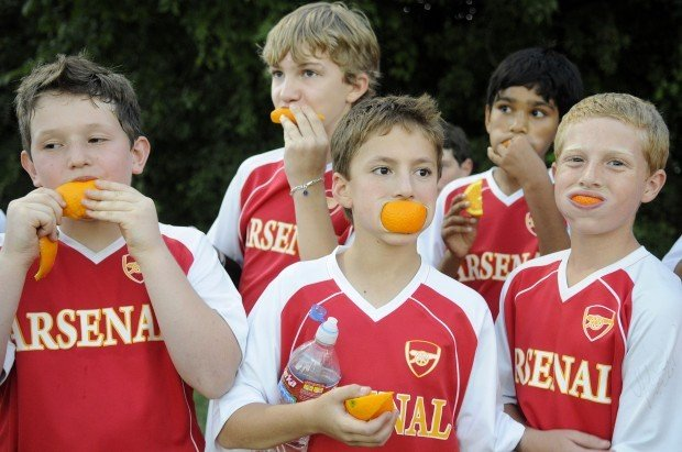 young athletes need healthy snacks before during and after games