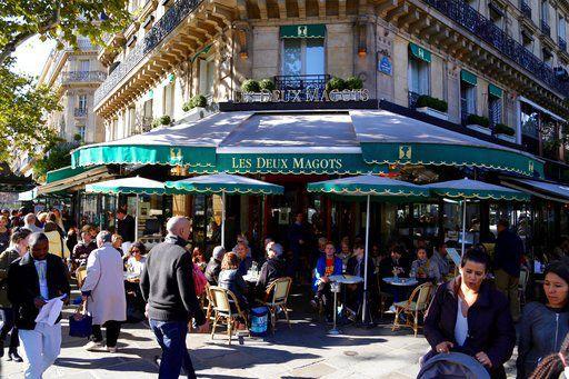 Drinks in Paris 02