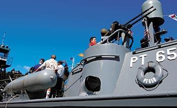 Historic PT boat visits Cathlamet