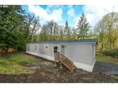 3 Bedroom Home in Longview - $219,900