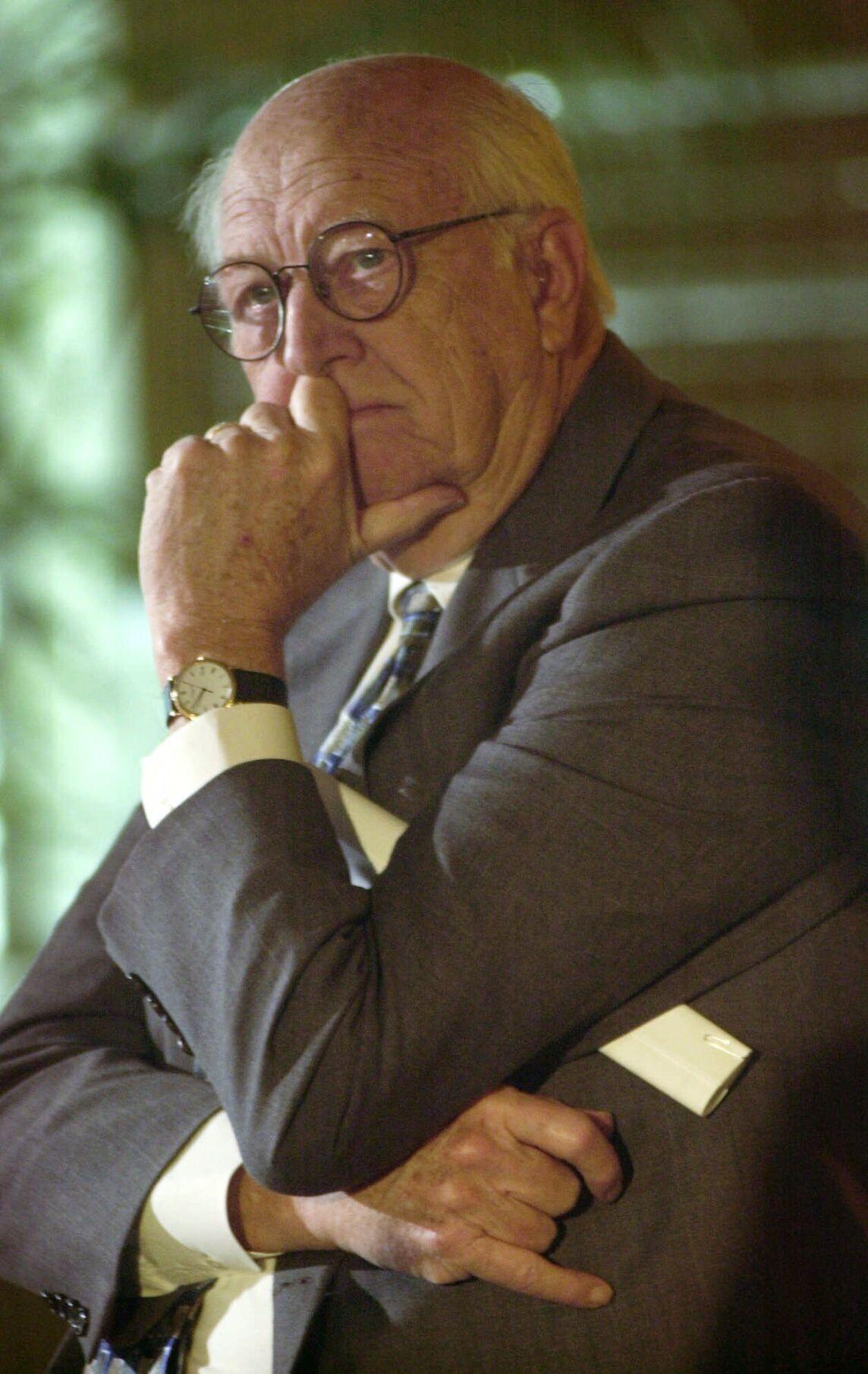 Bill Gates Sr Father Of Microsoft Co Founder Dies At 94 Obituaries Tdn Com