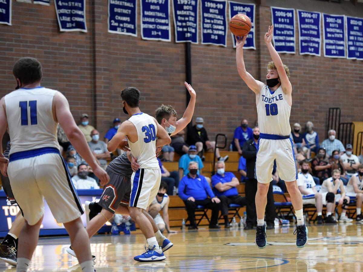 Zach Swanson Toutle Lake boys basketball