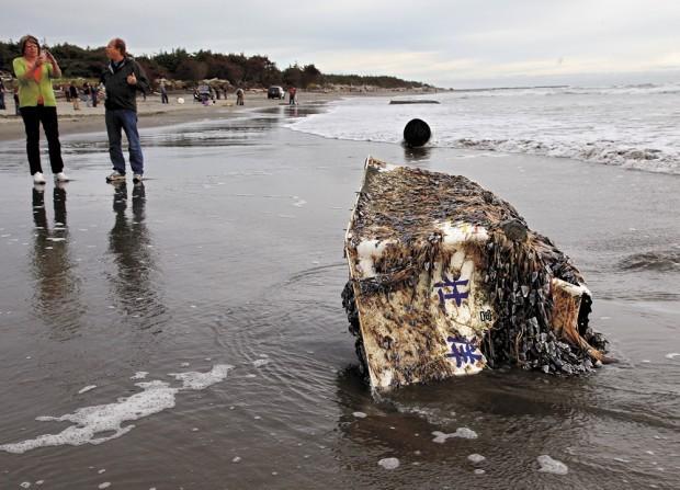 Tsunami boat Ilwaco