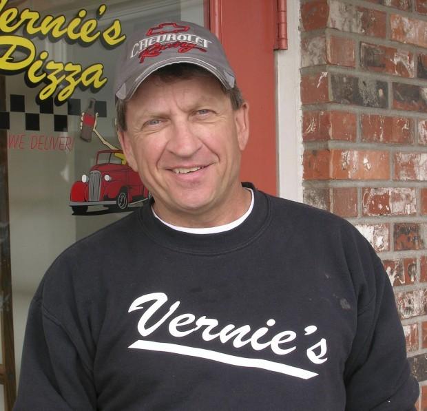 Readers' Rides: Vern Rohn's 1942 Divco milk truck