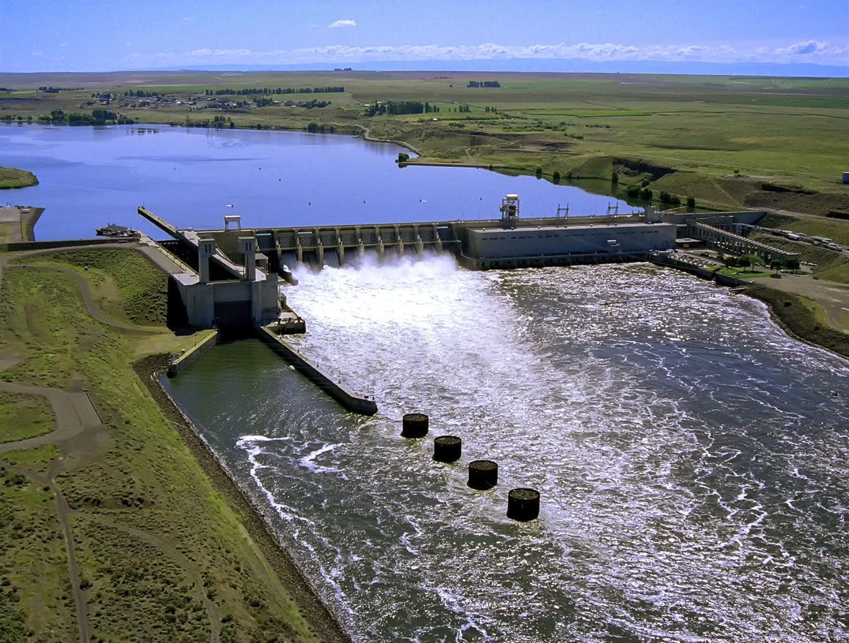 011817-lng-nws-dams-1
