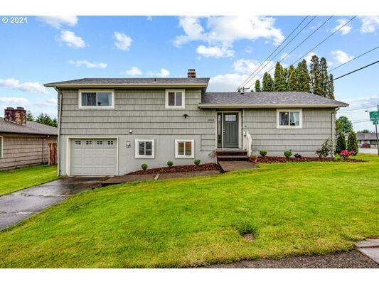 3 Bedroom Home in Longview - $369,900