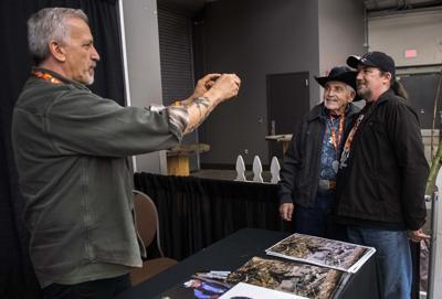 Bob Gimlin with a fan