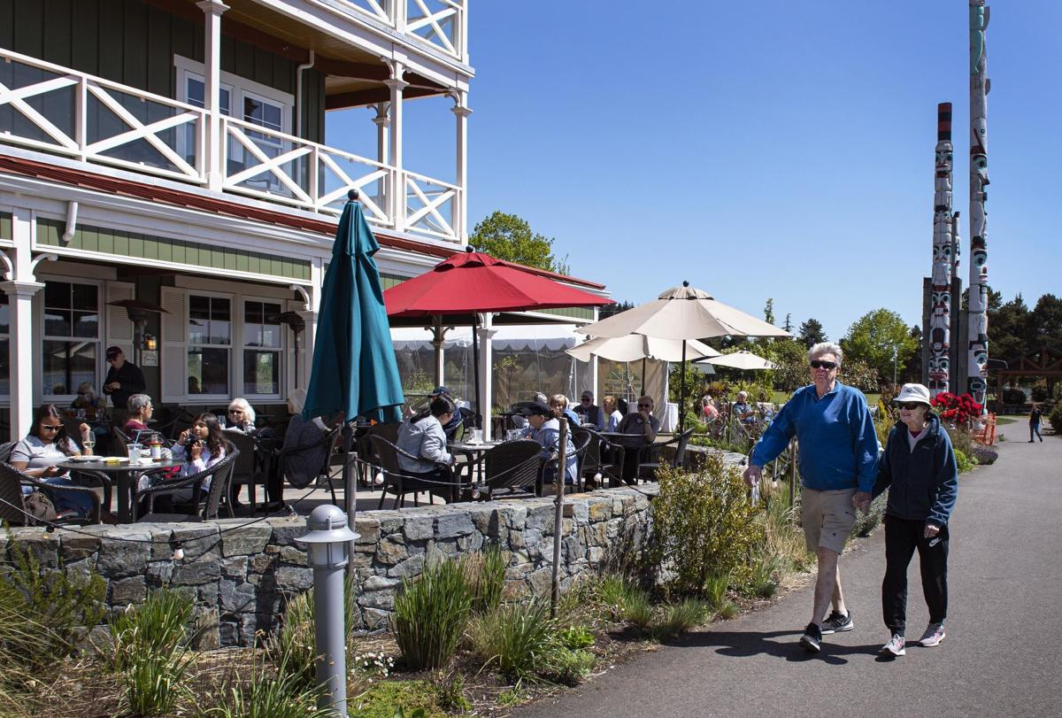 Kalama riverfront restaurant
