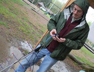 Amateur radio club hosts area 'fox' hunt