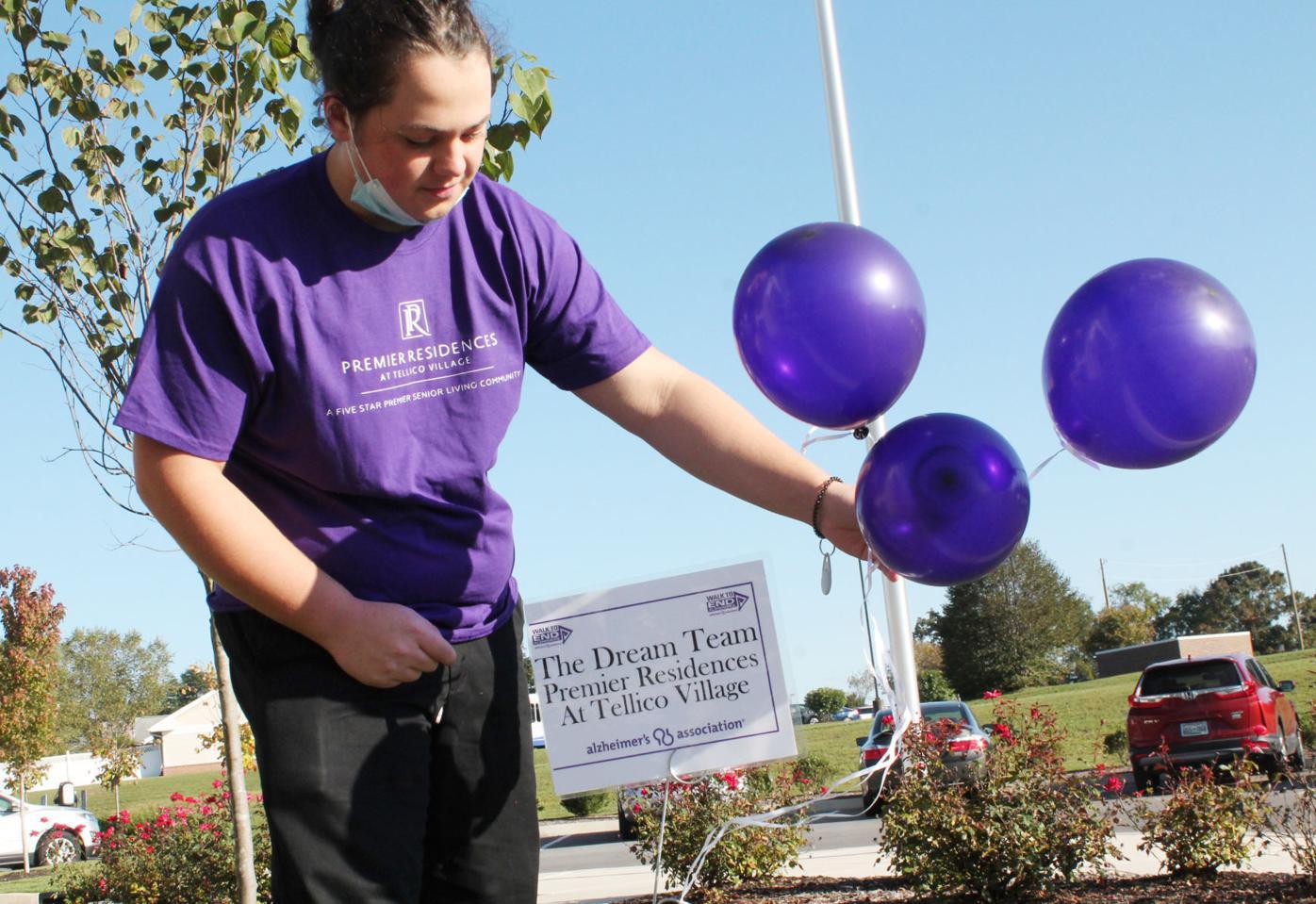 Villagers, sponsors walk to end Alzheimer's