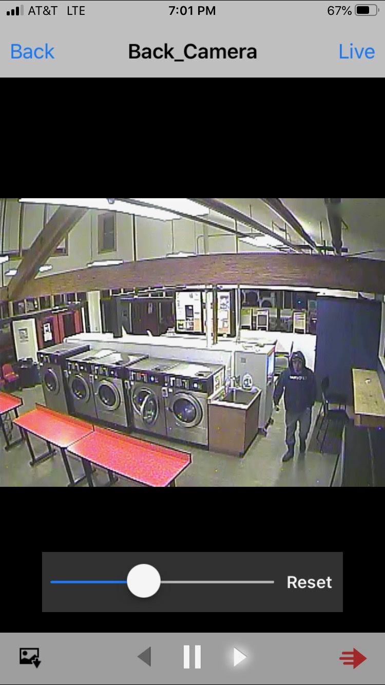 Information on burglary suspects sought
