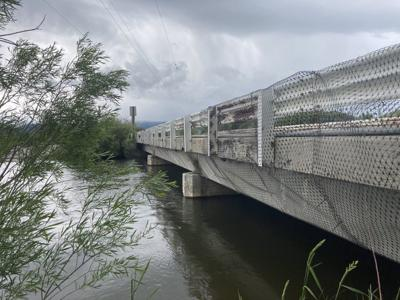Cache bridge