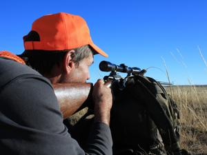 Ten tips for safe firearm handling while hunting