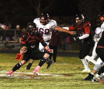 South Fremont quarterback Kaimen Peebles carries the football.