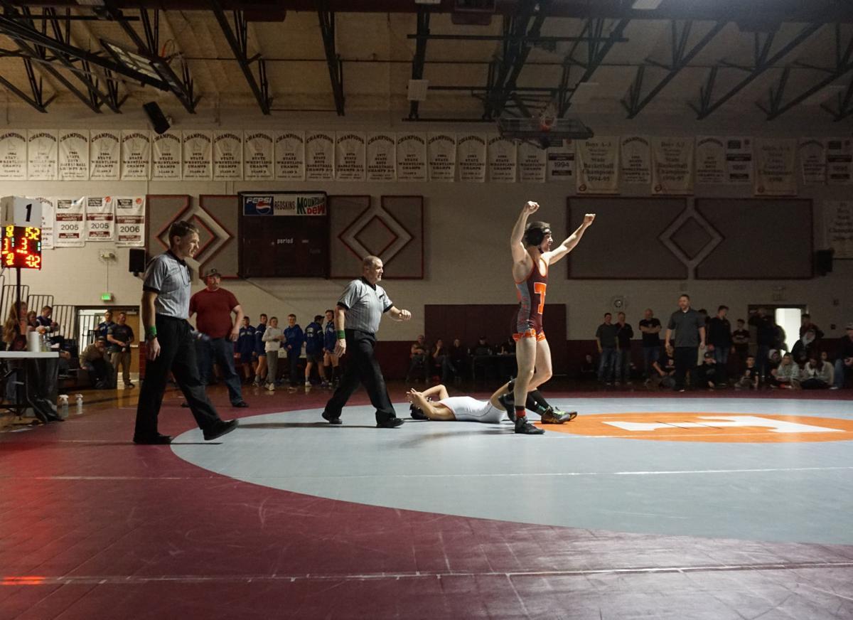 wrestle2.jpg