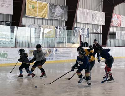 girls' hockey.jpeg
