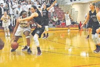Lady Storm hold on to beat Lady Maroons, 50-46