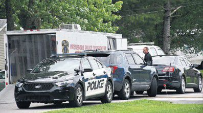 Bomb scare forces evacuations of 5 residences in Madisonville