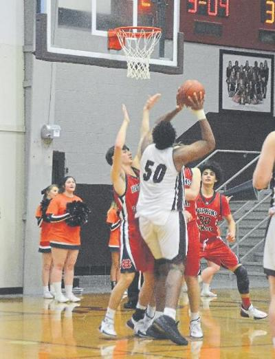 North beats Central, 82-64