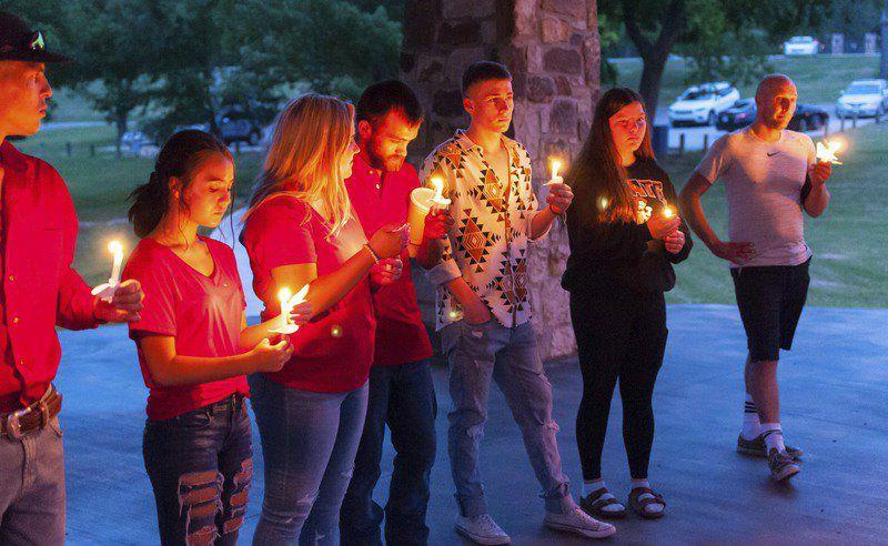 Vigil held for missing Pauls Valley teen